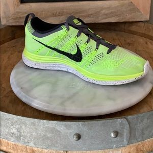 Rare! Like new! Nike Flyknit 1+ Size 9 / + Gift!